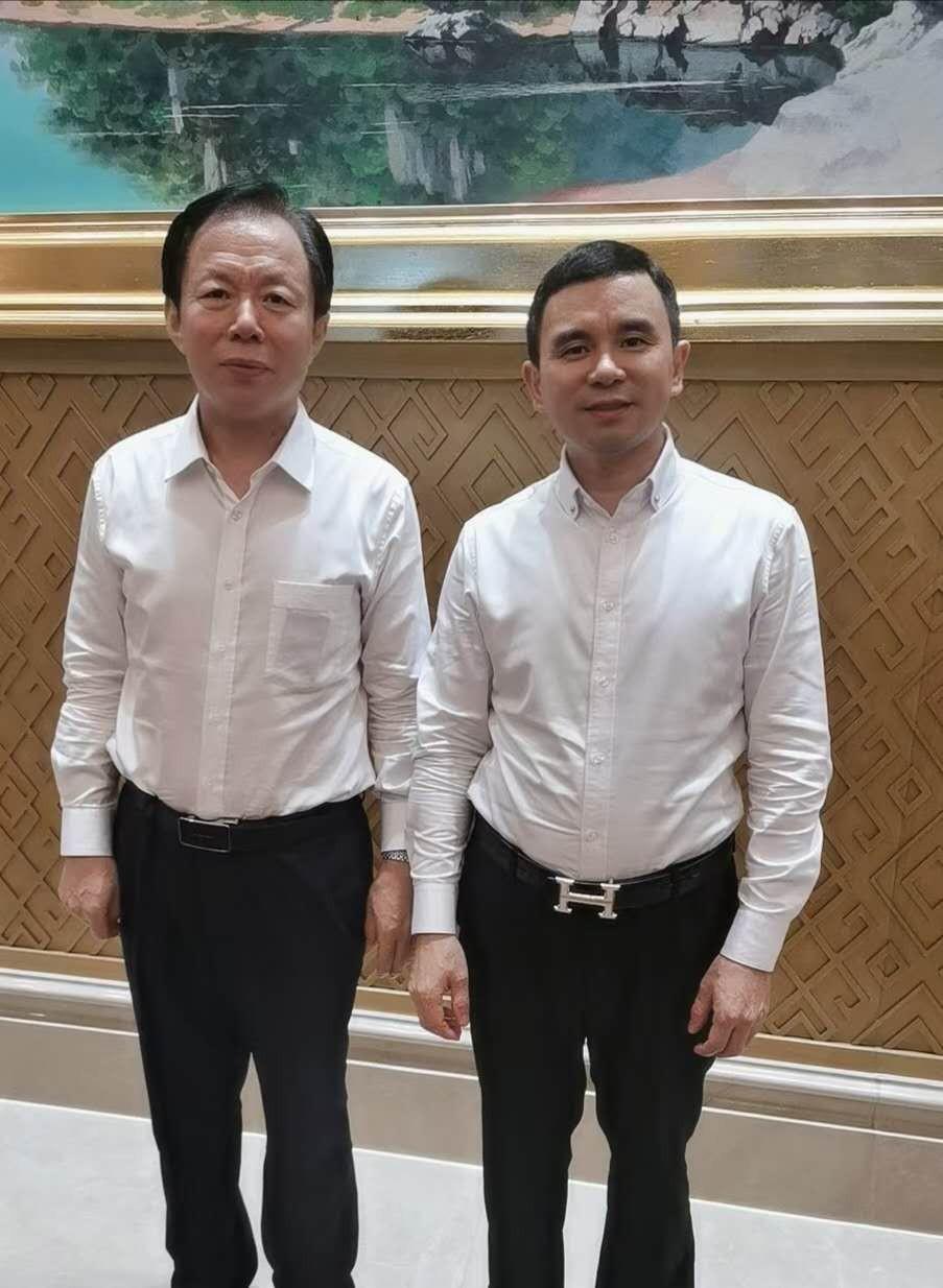广西党委常委、统战部部长徐绍川会见工务园董事长夏道宁
